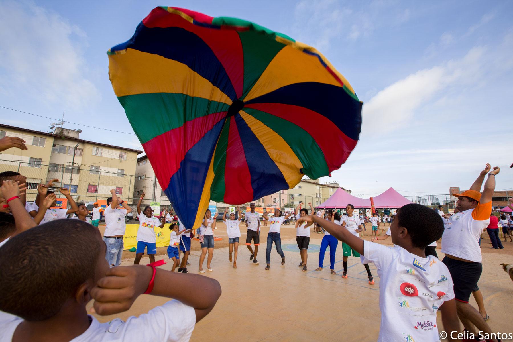 Caravana do Esporte e Caravana das Artes levam ações educacionais para 3 mil alunos da rede pública em Baixo Guandu, no Espírito Santo