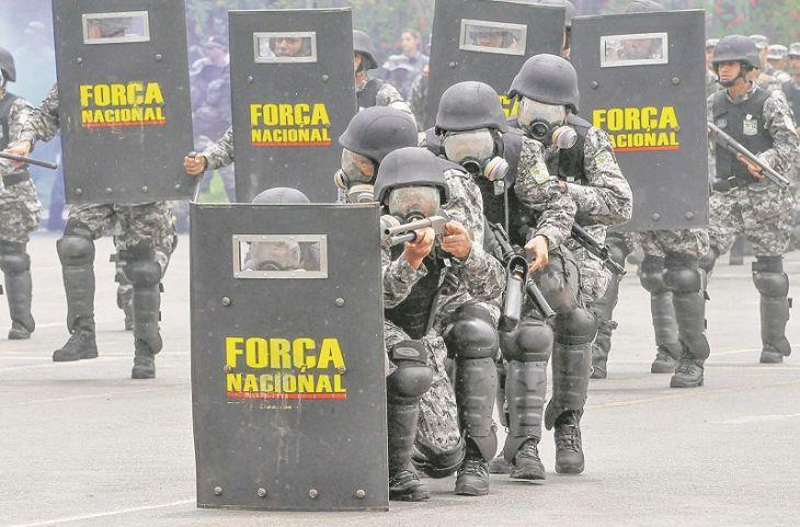 Cem militares da Força Nacional chegam ao Estado para combater criminosos