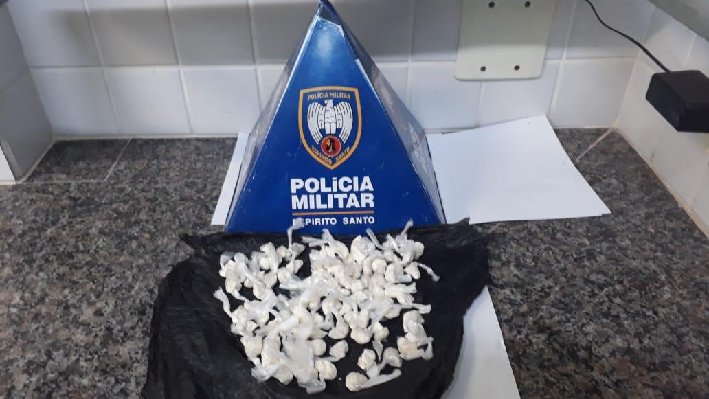 MILITARES DA 10ª COMPANHIA INDEPENDENTE APREENDE DROGAS EM RODOVIA