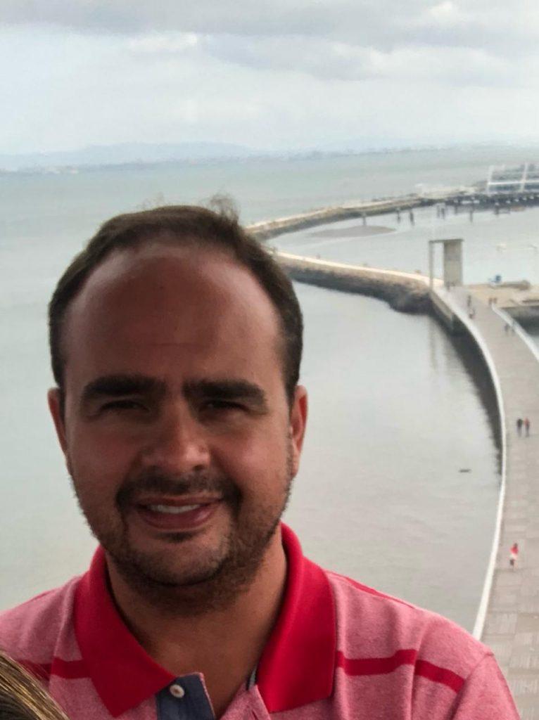 adelmo 1 766x1024 - Empresário Adelmo do Nossa Rede lança seu nome como pré-candidato a prefeito de Iconha
