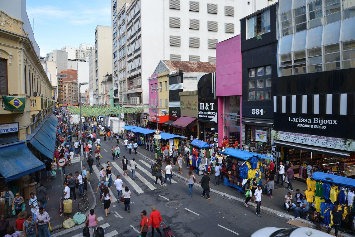 Vendas no varejo em São Paulo têm alta de 5,4% no primeiro semestre