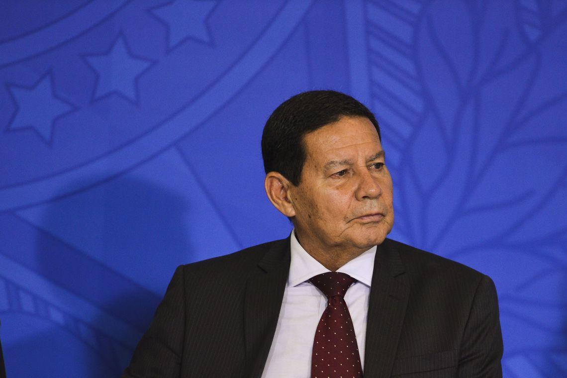 Mourão diz que guerra econômica entre China e EUA afeta o Brasil