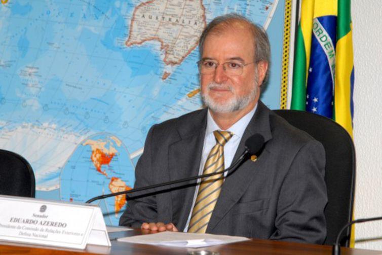 Após decisão do STF, Justiça manda soltar ex-governador de Minas