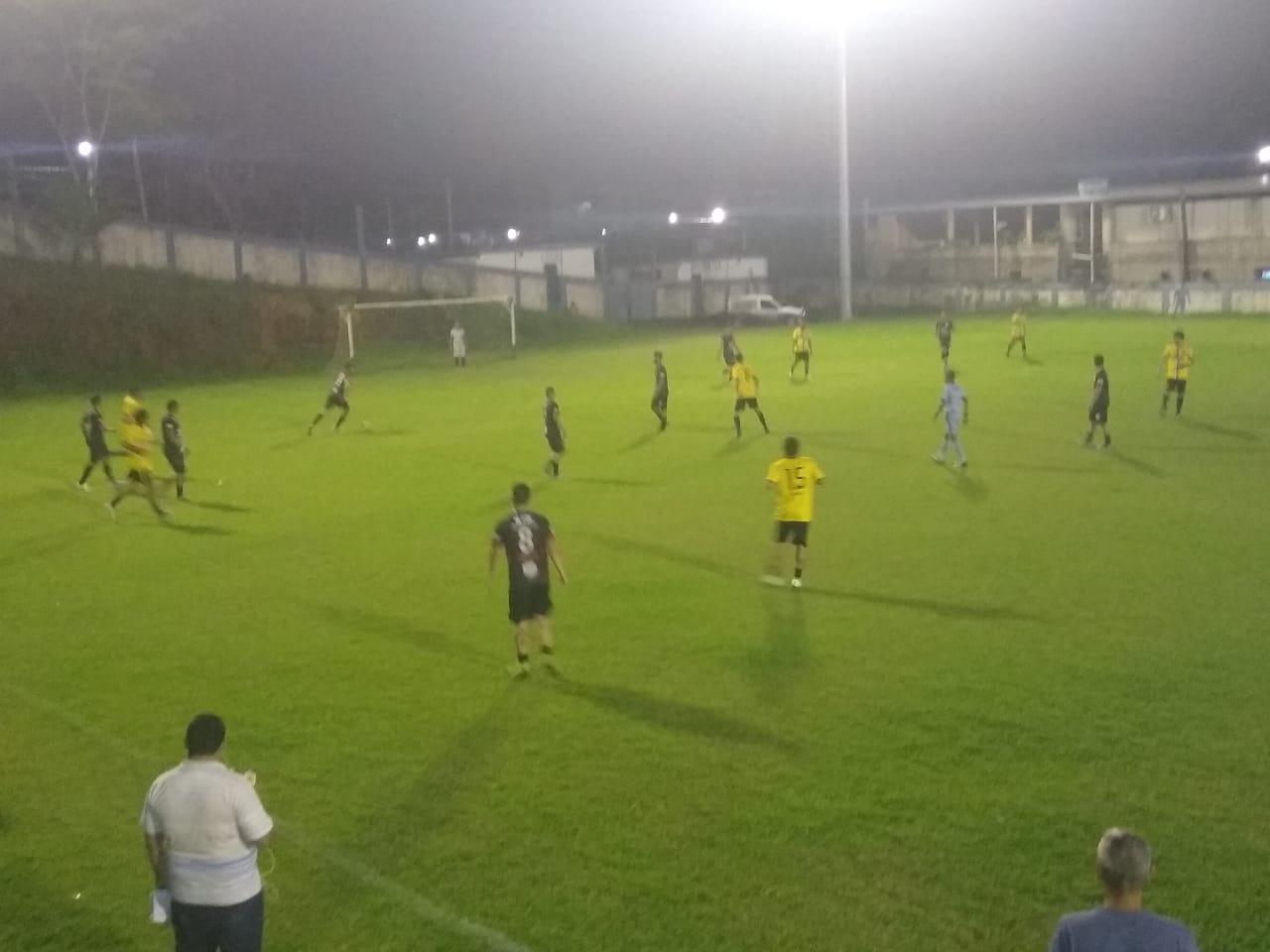 Pelo Municipal de Iconha 15 Minutos Vence União da Ilha em jogo de nove gols.