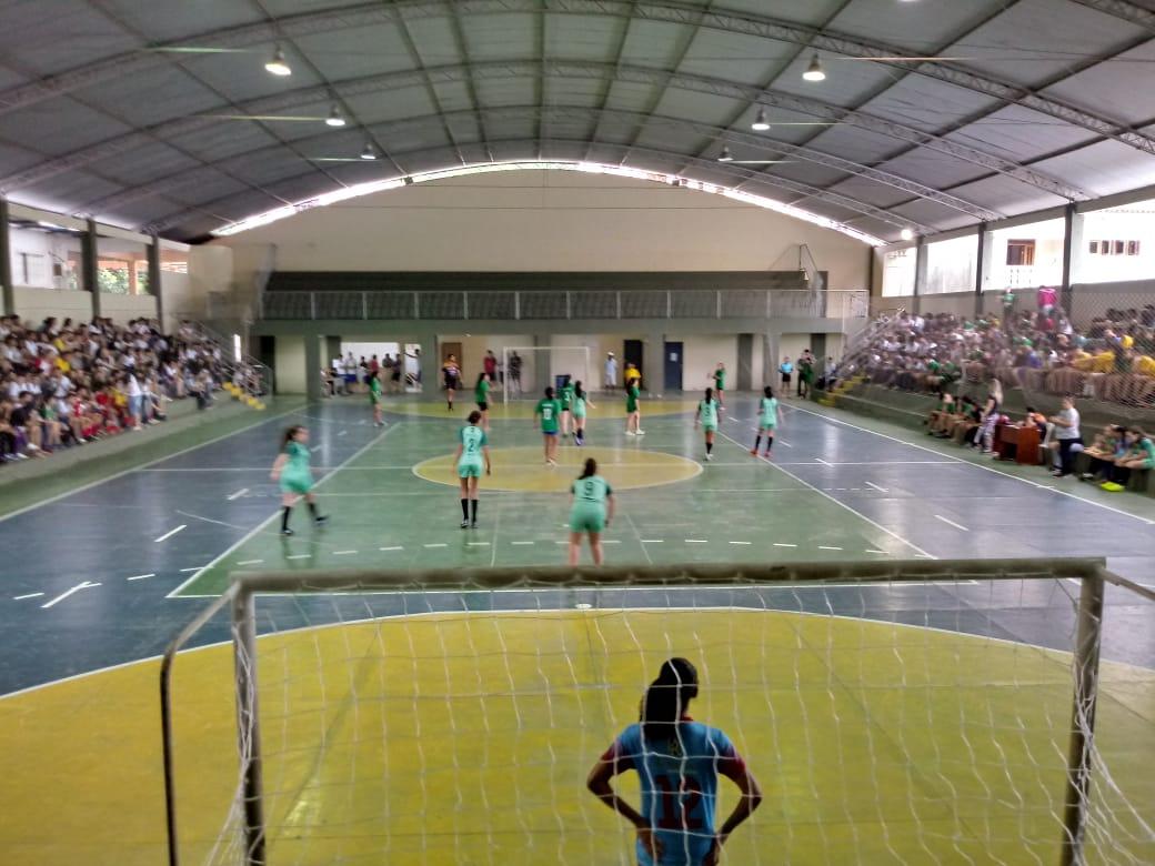 Com ginásio Municipal lotado começa Jogos escolares 2019 em Iconha