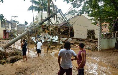 """433257bb 46bd 43d5 a9a5 2c8f533644b6 400x255 - Tsunami de agua doce """"varre"""" cidade de Iconha."""