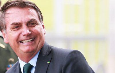 Bolsonaro 400x255 - Bolsonaro sanciona lei que institui carteira nacional do autista