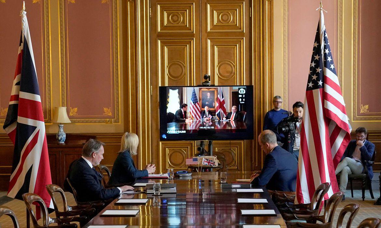Começam negociações para acordo comercial entre EUA e Inglaterra