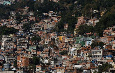 favelas 400x255 - Covid-19: 75% dos moradores de favelas não procuram atendimento médico