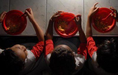 merenda escolar 2 400x255 - SP estende cartão-alimentação a todos os alunos da rede municipal