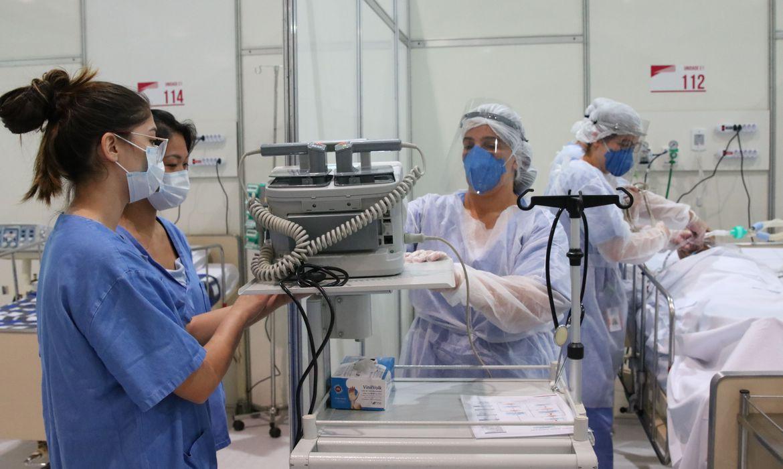 Apenas um terço dos profissionais de saúde foi testado para covid-19