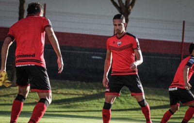 Atlético GO 400x255 - CBF autoriza Atlético-GO a escalar atletas com teste covid-19 positivo