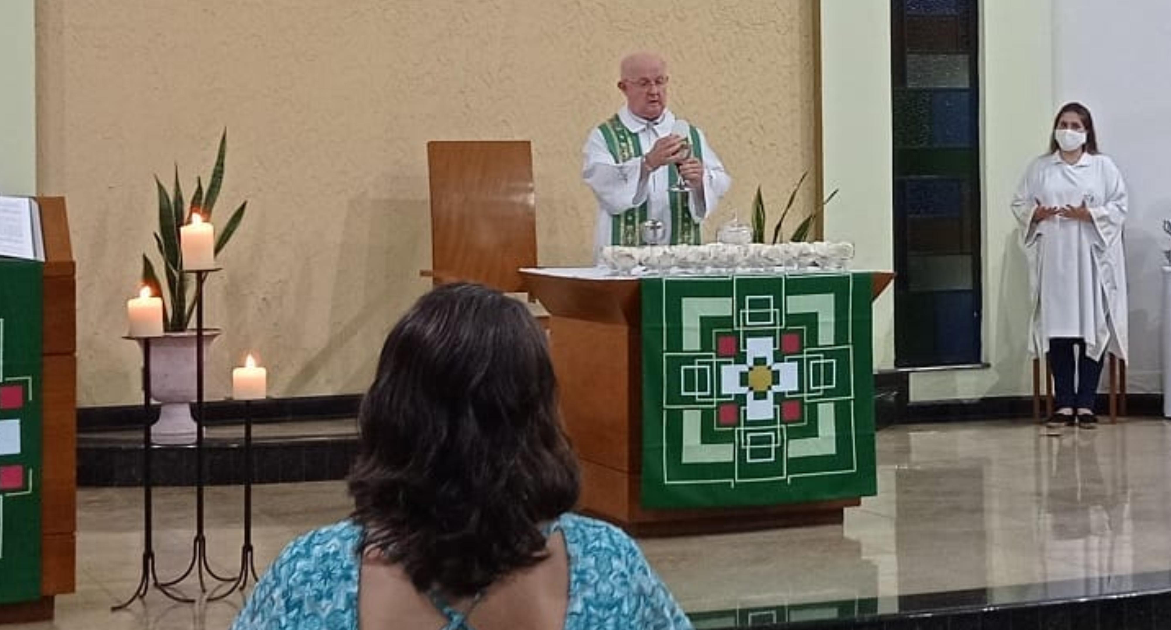 Igreja Matriz de Iconha retorna com celebrações presenciais nesse fim de semana