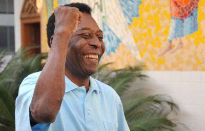 pele 400x255 - Aos 80 anos, Pelé é homenageado pela Fifa