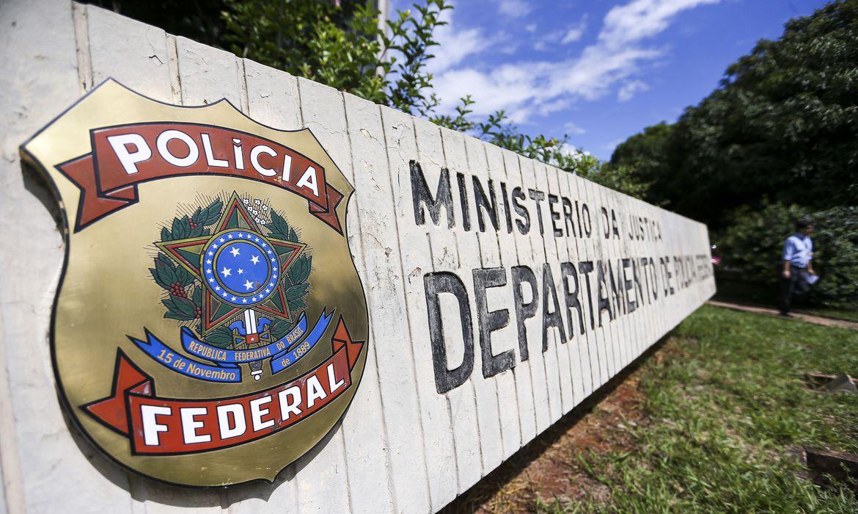 Polícia faz operação contra grupo que furtava combustível de dutos