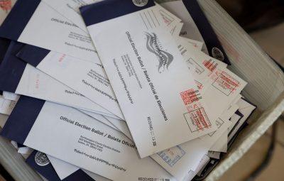 EUA 400x255 - Juiz ordena busca por cédulas não entregues no serviço postal dos EUA
