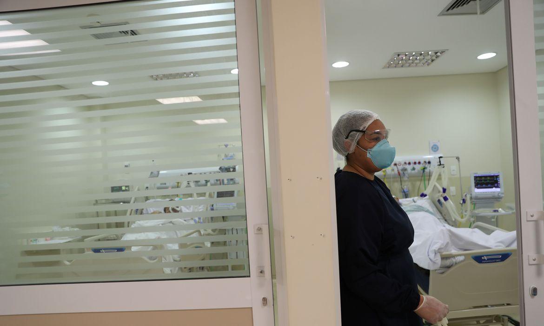 Internações por covid-19 em hospitais privados aumentam em São Paulo