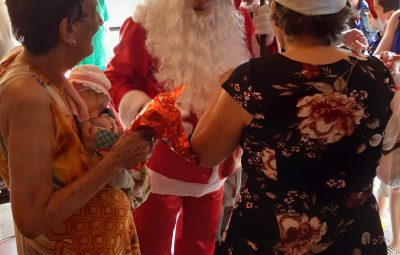 20191215 093357 400x255 - Cartinhas de idosos para Papai Noel já podem ser adotadas no Lar Adelson Rebello
