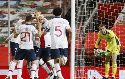 PSG 400x255 - PSG derrota Manchester United com 2 gols de Neymar