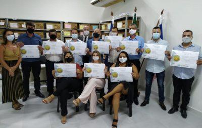 WhatsApp Image 2020 12 18 at 14.38.45 400x255 - Candidatos eleitos são diplomados em Iconha e prefeito divulga os primeiros secretários