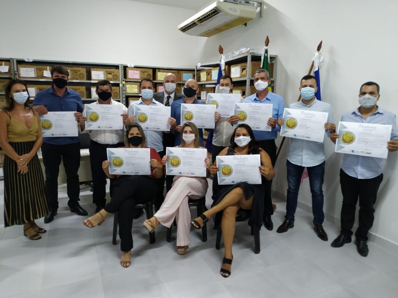 Candidatos eleitos são diplomados em Iconha e prefeito divulga os primeiros secretários