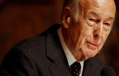 ex presidente frances Valery Giscard dEstaing 400x255 - Ex-presidente da França morre aos 94 anos