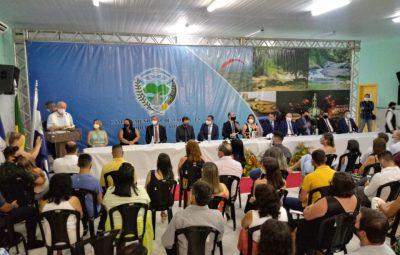 WhatsApp Image 2021 01 01 at 14.53.13 400x255 - Prefeito eleito, vice e vereadores tomam posse em Iconha