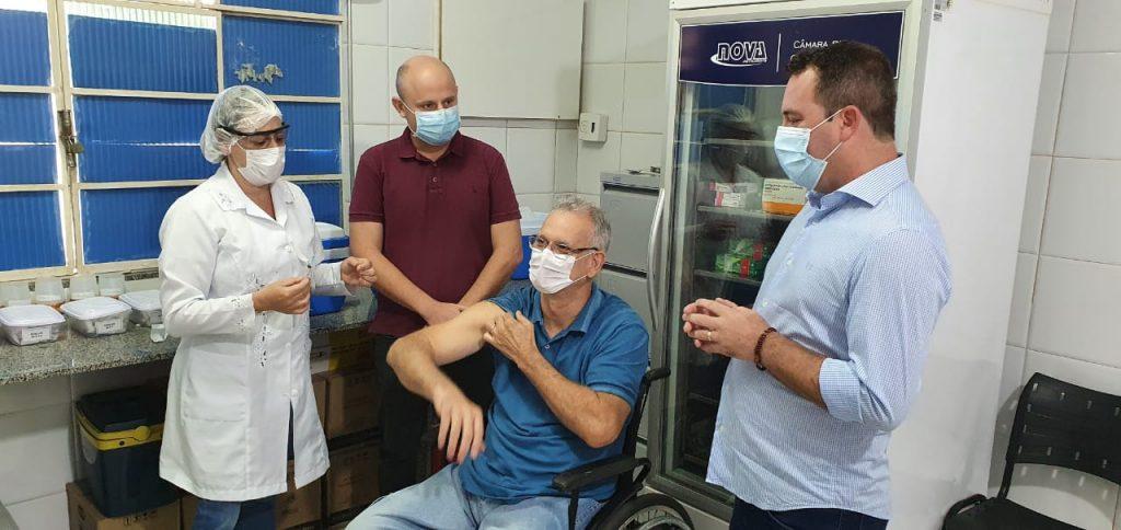 WhatsApp Image 2021 01 20 at 10.35.21 1024x484 - Prefeitura de Iconha inicia vacinação contra Covid 19.