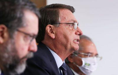 bolsonaro 1 400x255 - Governo é favorável à importação privada de vacinas, diz Bolsonaro