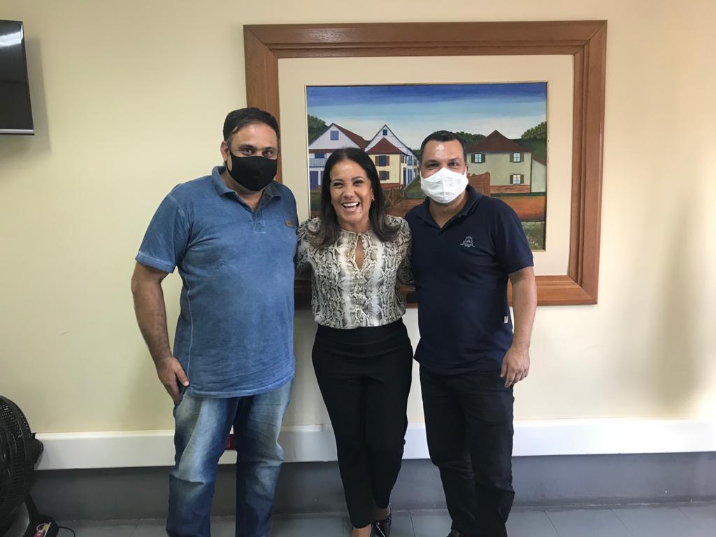 WhatsApp Image 2021 02 10 at 16.34.20 - Vereador de Iconha Alessandro Gomes visita deputada estadual Janete de Sá