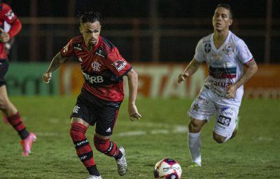 flamengo x portuguesa carioca 400x255 - Reservas do Flamengo arrancam empate com Portuguesa no Carioca