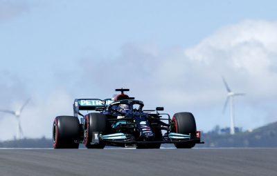 hamilton treino portugal 400x255 - Hamilton volta a liderar em treino do GP de Portugal de Fórmula 1