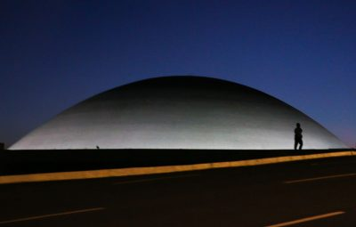 monumentos brasilia 3103201335 400x255 - Folha Iconha