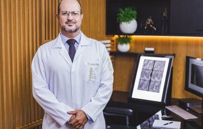 DR Lourimar Raquis 400x255 - Exercício ajuda na prevenção e no tratamento da dor nas costas