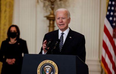 EUA Biden sanciona criacao de feriado para marcar fim da escravidao 400x255 - EUA: Biden sanciona criação de feriado para marcar fim da escravidão