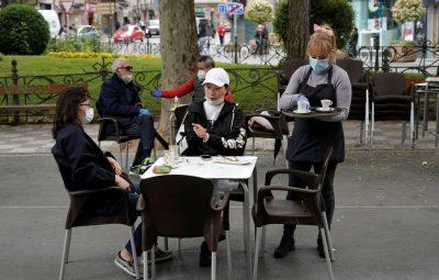 Espanha 400x255 - Espanha retira obrigação de máscaras daqui a uma semana