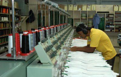 industria 2 400x255 - Sebrae: pequenas indústrias têm mais dificuldade no acesso a crédito