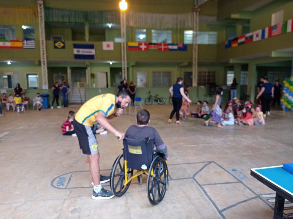 WhatsApp Image 2021 08 12 at 19.47.21 2 1024x765 - Escola de Iconha realiza prática esportiva com alunos da Educação Infantil