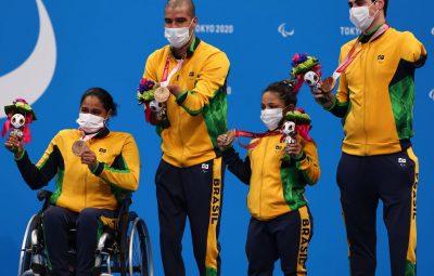 paralimpiadas 400x255 - Natação: revezamento misto 4x50m é bronze em Tóquio 2020