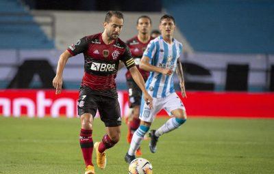 flamengo 400x255 - Flamengo encara Racing por vaga nas quartas da Libertadores