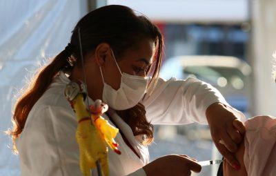 vacina sp 210520211171 0 400x255 - Ministros dizem que população será vacinada até o final do ano