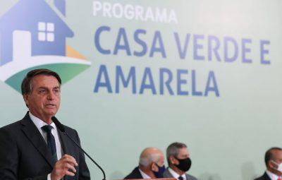 Presidente Bolsonaro 400x255 - Durante entrega de casas, Bolsonaro defende uso de hidroxicloroquina