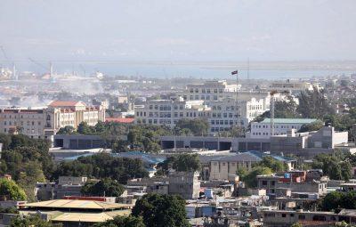 Suspeitos de assassinato do presidente do Haiti sao mortos a tiros 400x255 - Suspeitos de assassinato do presidente do Haiti são mortos a tiros