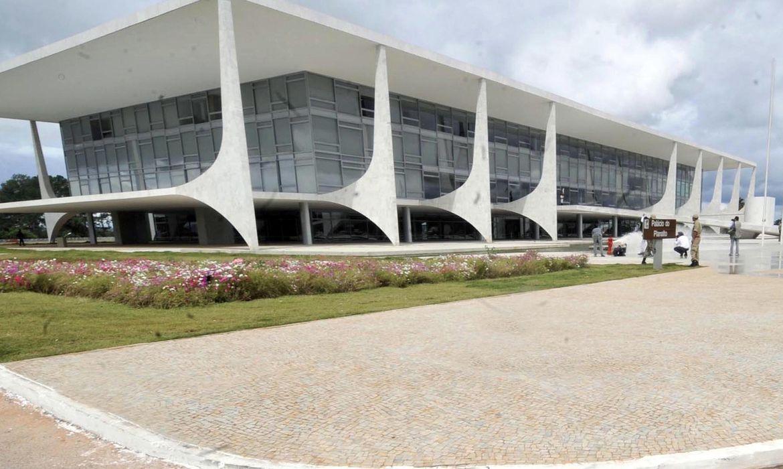 MP que facilita abertura de empresas é sancionada por Bolsonaro