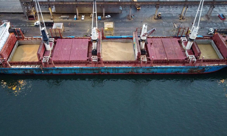 Covid-19: embarcações são isoladas após tripulação testar positivo