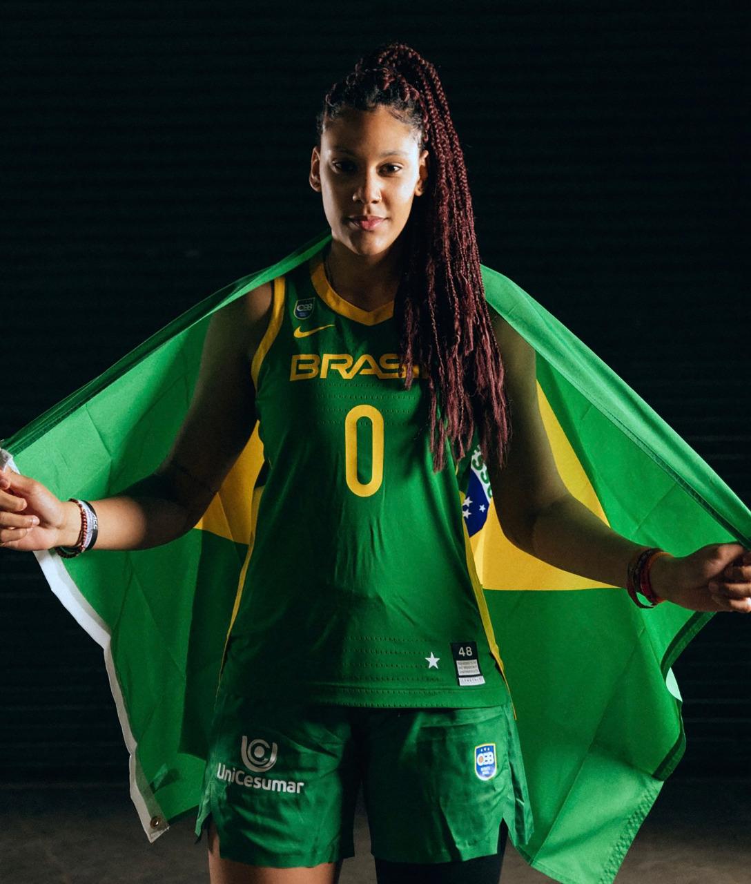 Ex-atendida pela LBV, Kamilla Cardoso se destaca na seleção brasileira de basquete